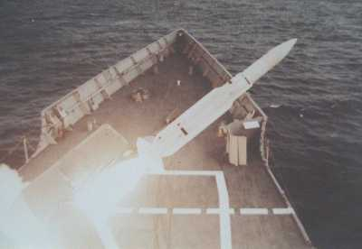 SM1MR Launch from USS THATCH (FFG-43) in 1984